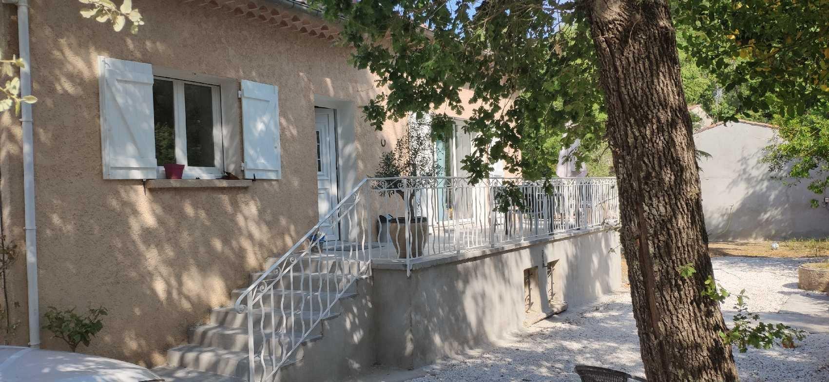 Villa  85 m2 sur 1000 m2  de terrain