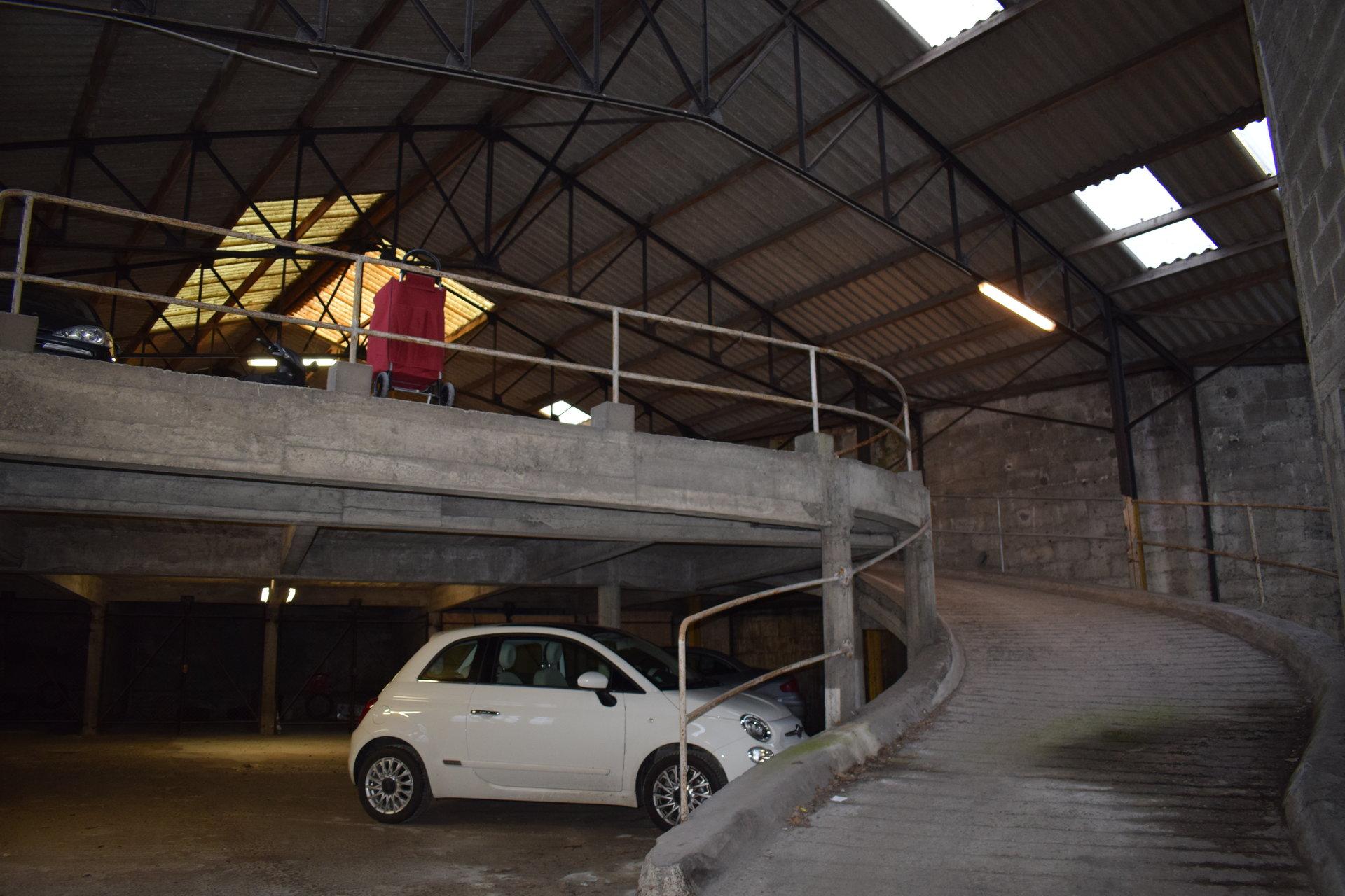 GARAGE FERME - RUE DE GLASGOW