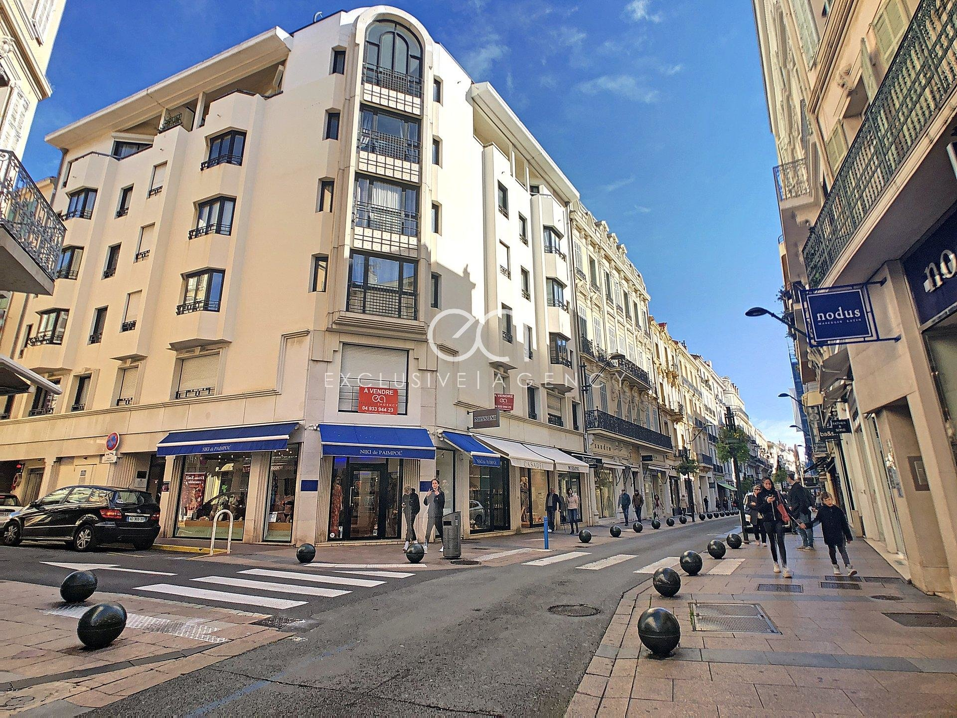 Cannes Banane - Vente parking Rue d'Antibes
