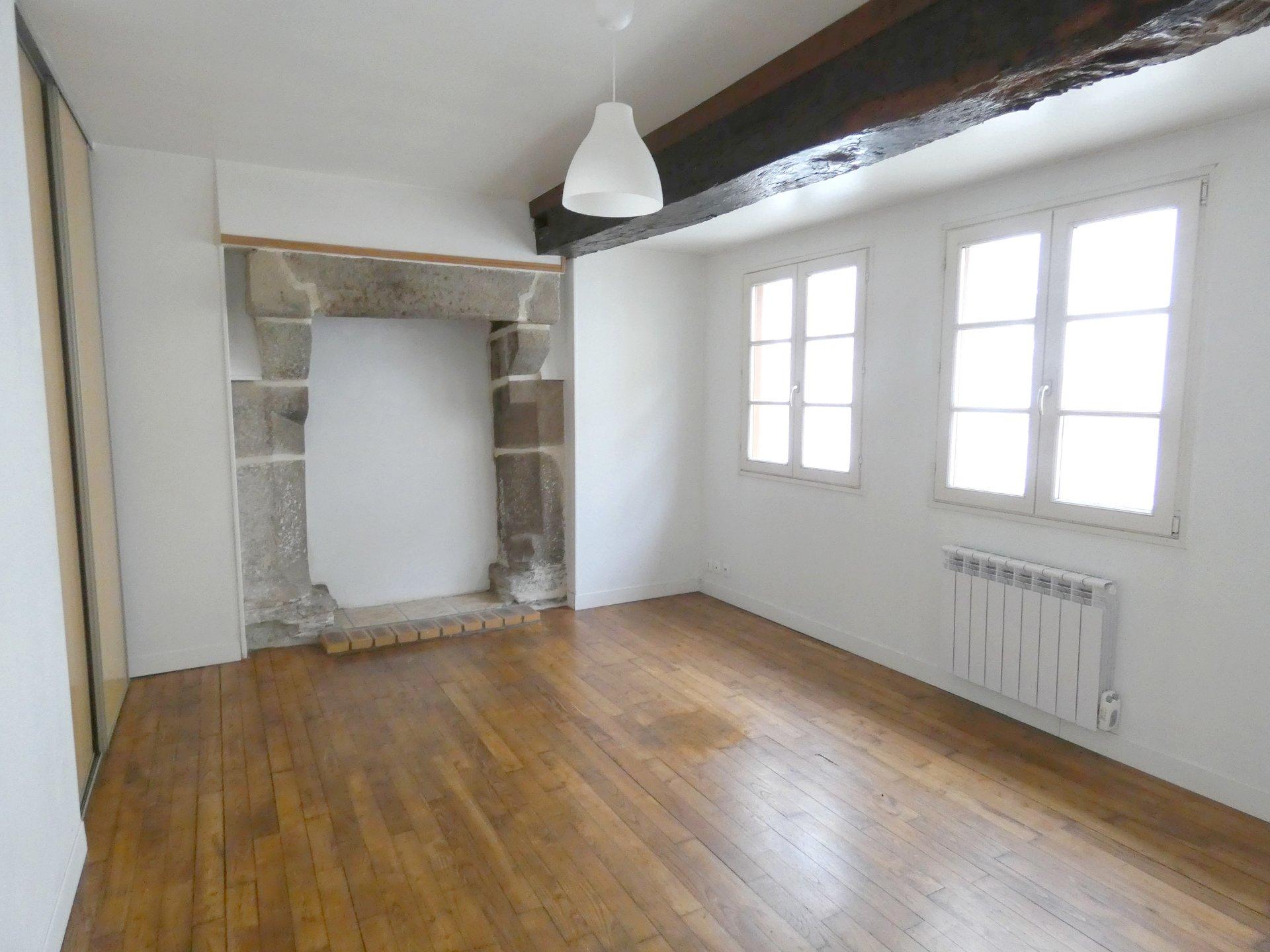 Sale House - Carhaix-Plouguer