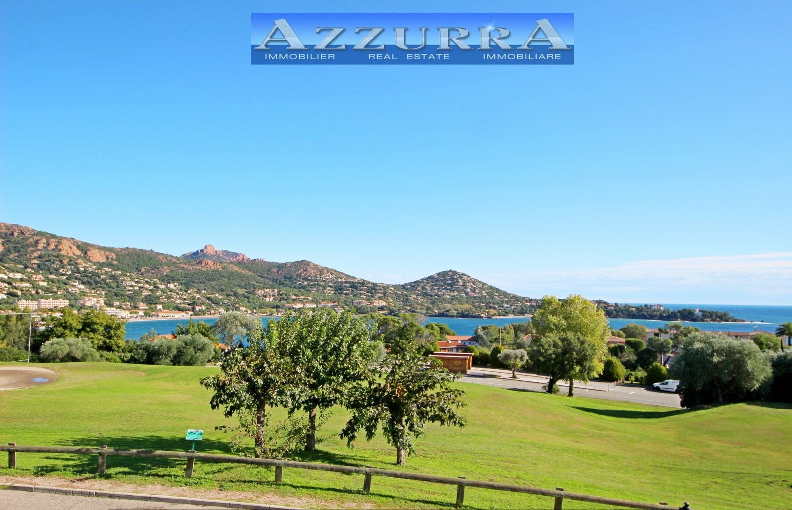 AGAY CAP ESTEREL 2 ROOMS WITH SEA AND GOLF VIEW