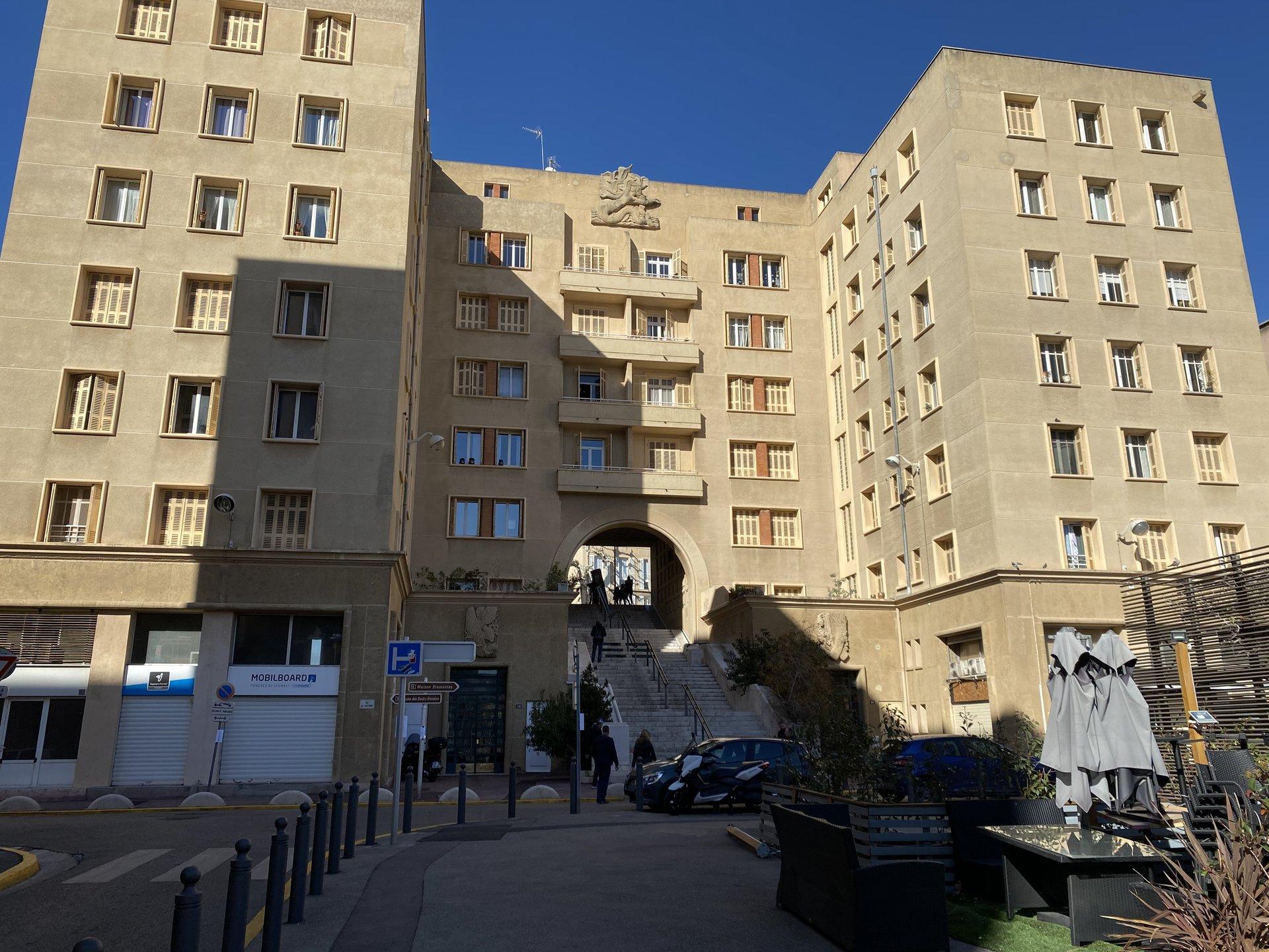 En deuxième ligne du Vieux port de Marseille