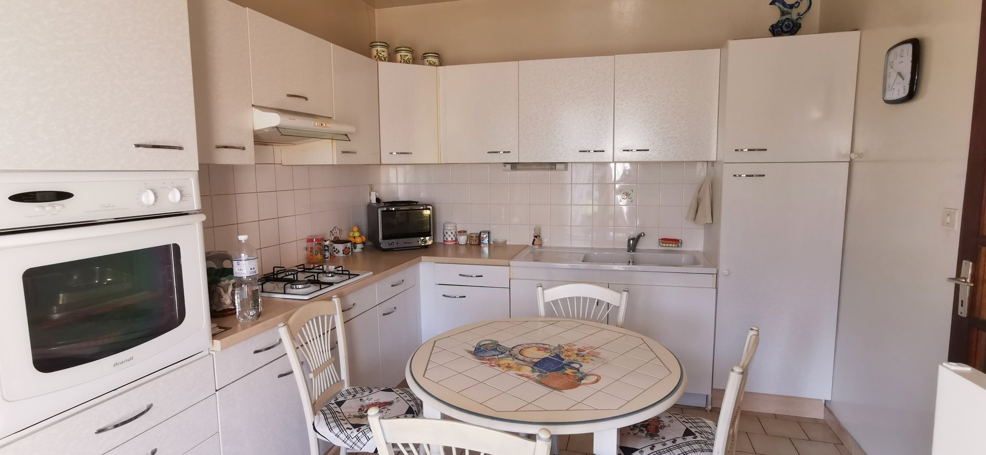 Maison plain pied sur 561 m²