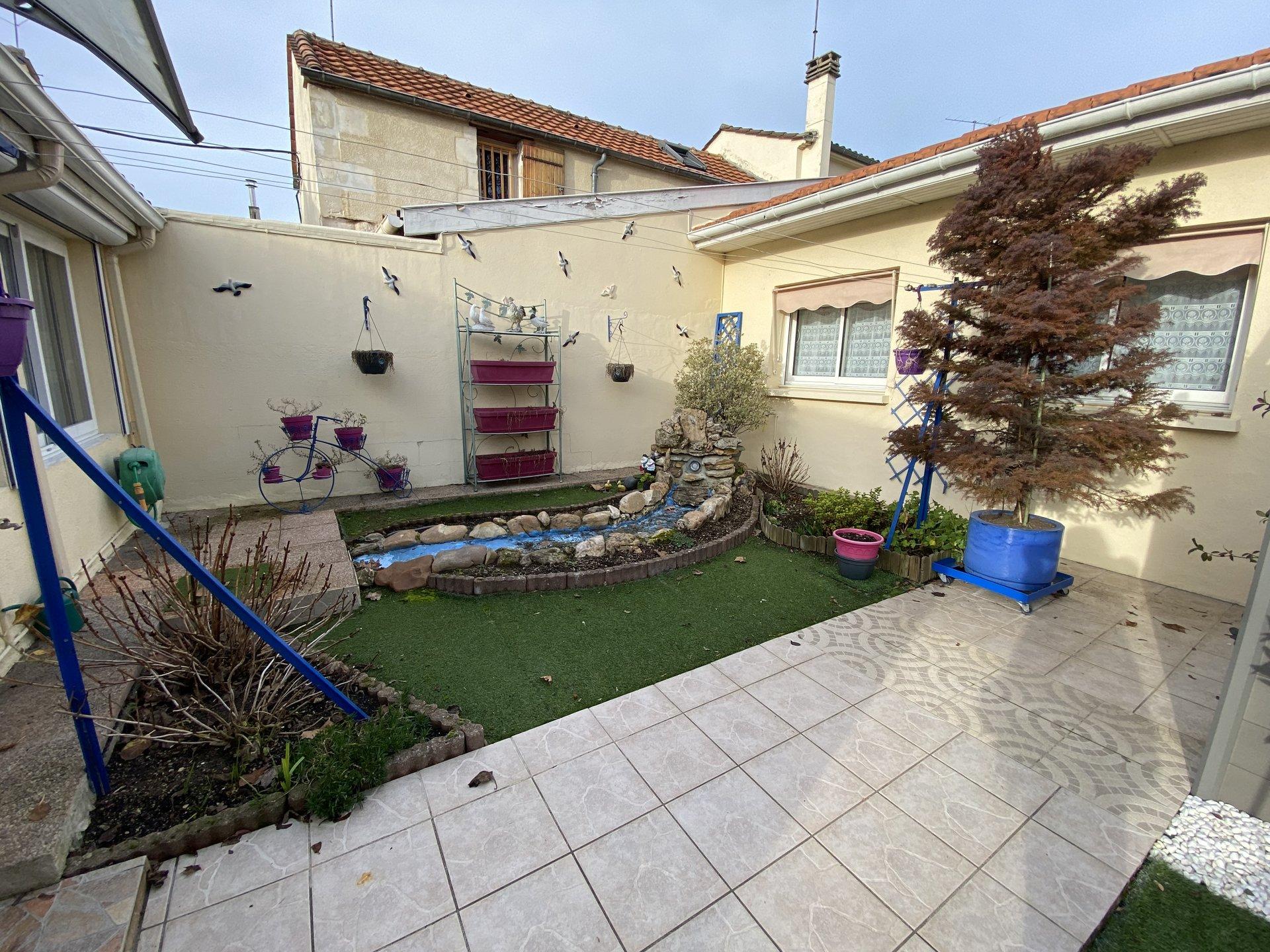 Plain pied en centre ville de Bergerac