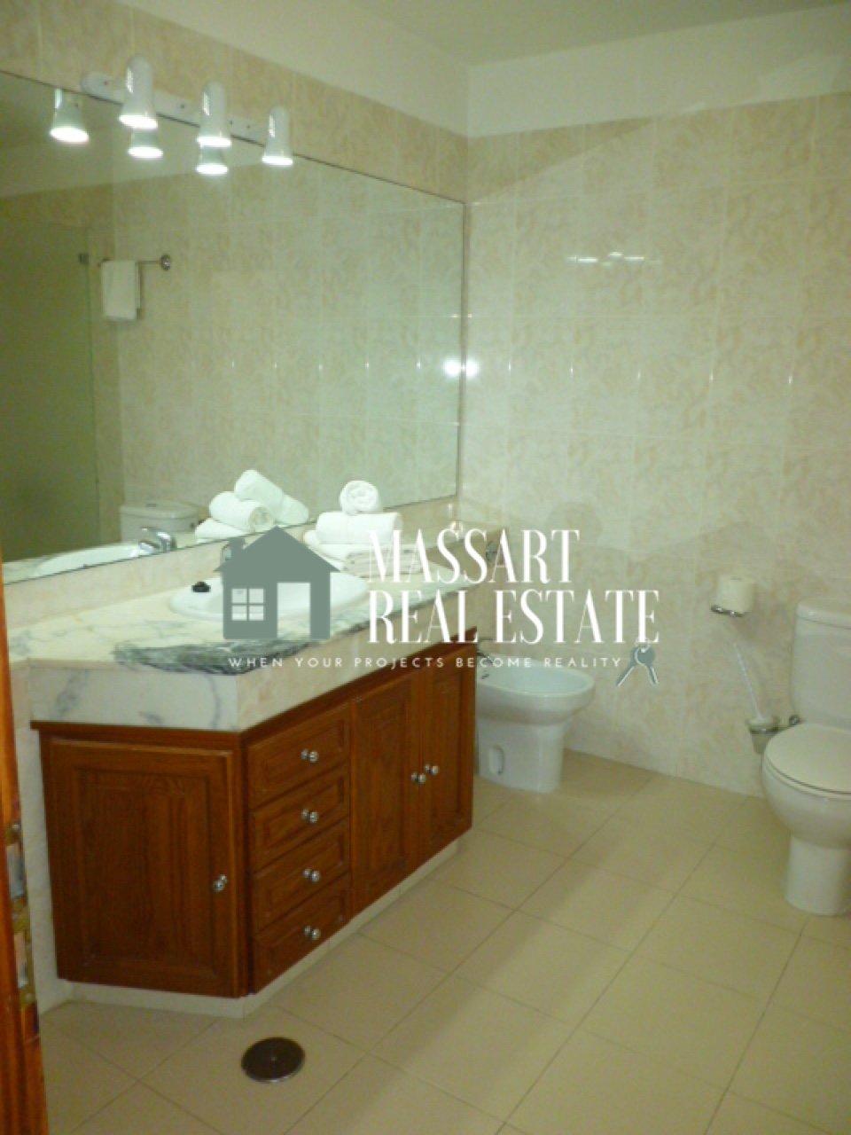 Appartamento in vendita situato al terzo piano del complesso turistico Balcón de Andalucía, a Torviscas Alto (Costa Adeje).