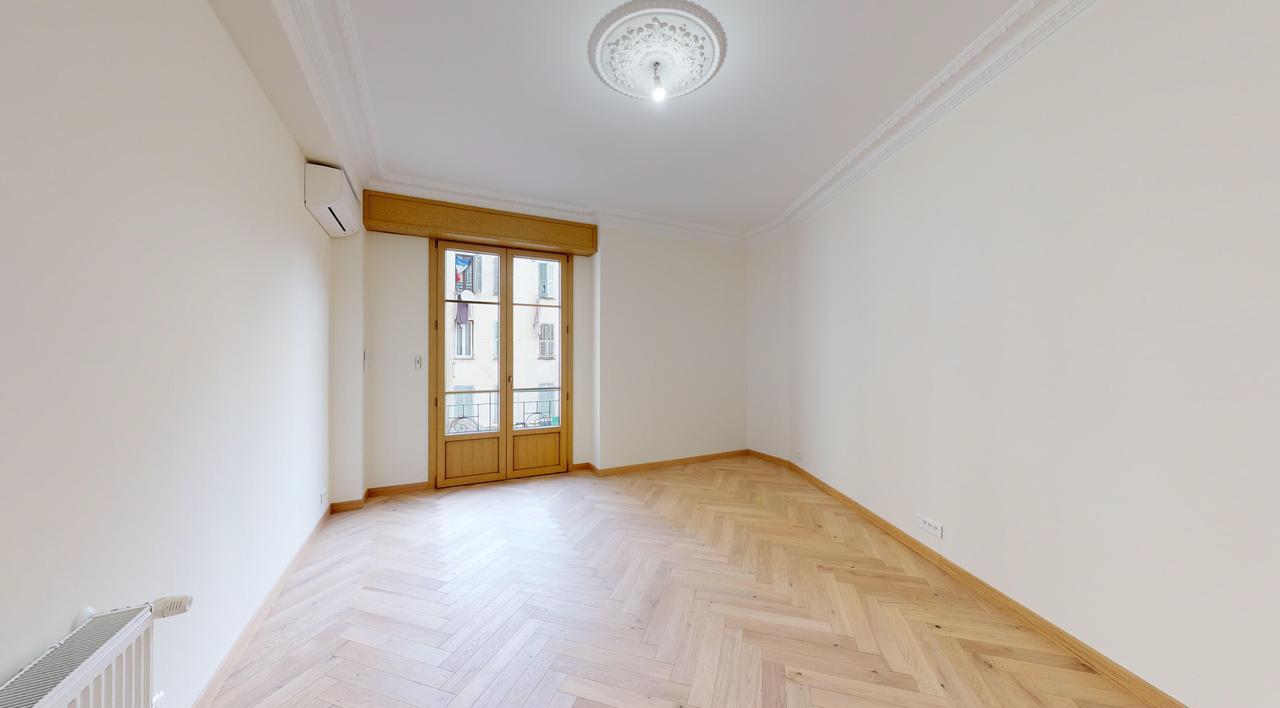 Bel 3P dans immeuble bourgeois - Nice Carré d'Or