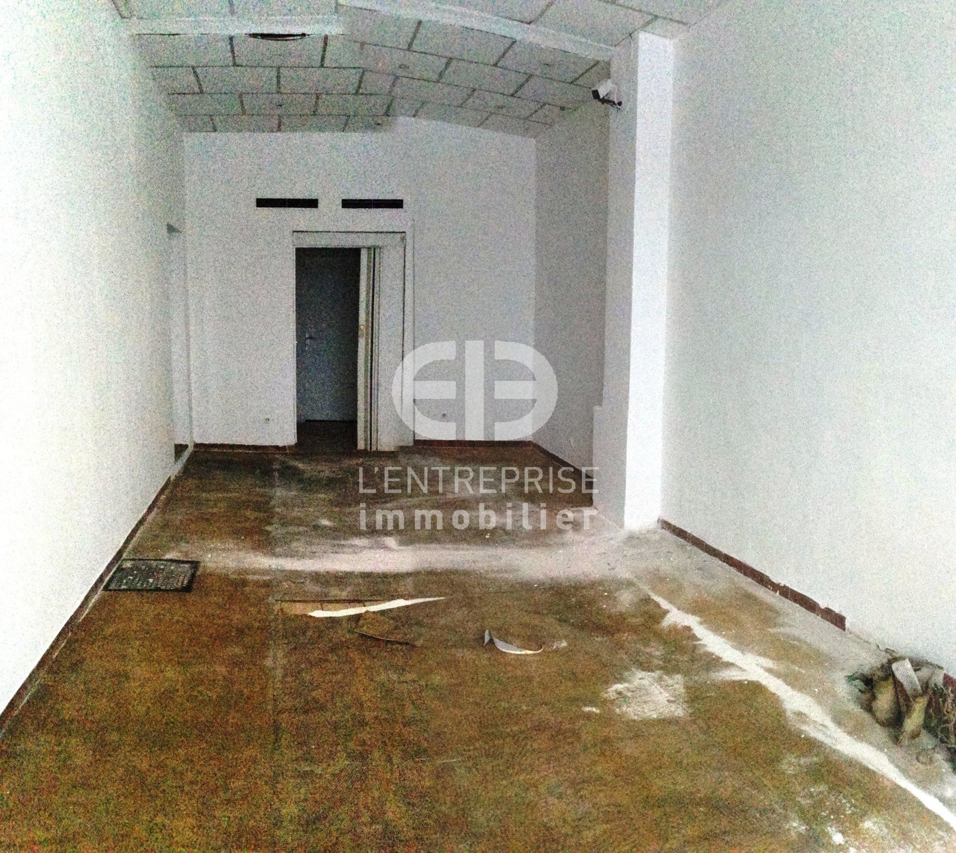 A LOUER LOCAL COMMERCIAL 150 M² GARE DU SUD NICE