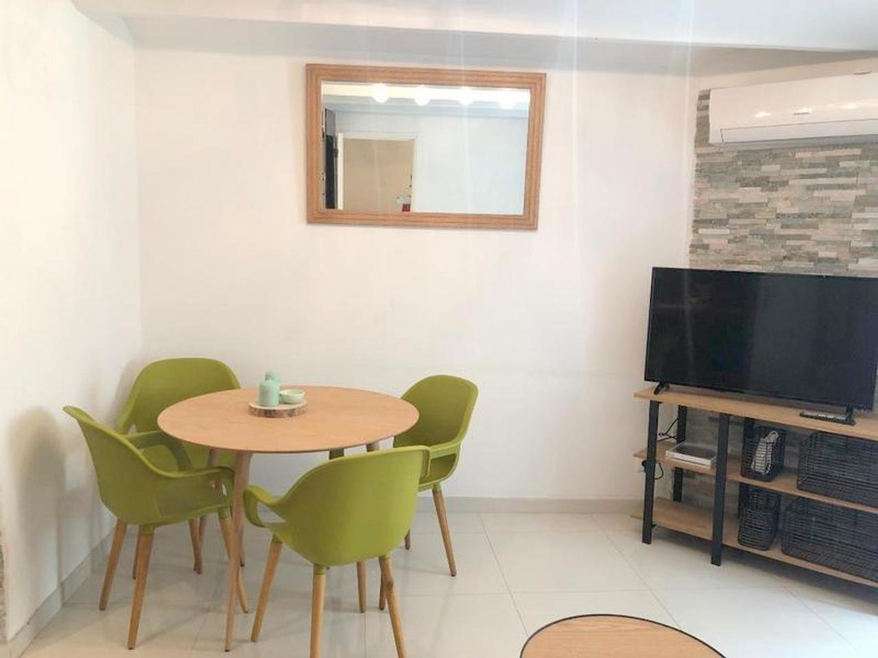 Modern 1-bedroom with balcony - Nice Carré d'Or