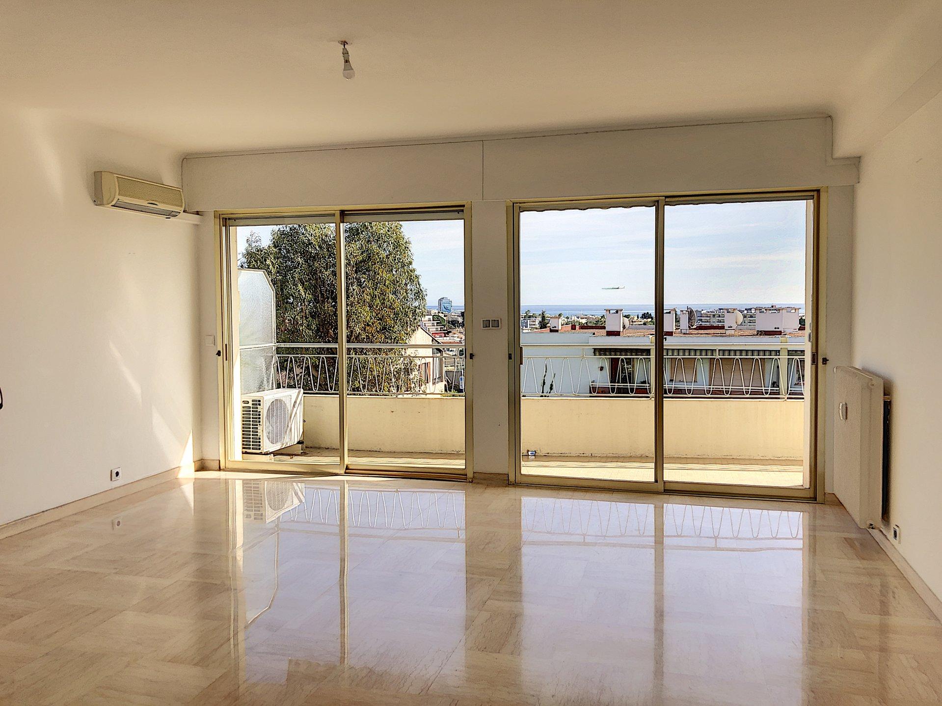 Cagnes sur Mer (06800) - Appartements 3P - Terrasse filante vue Mer