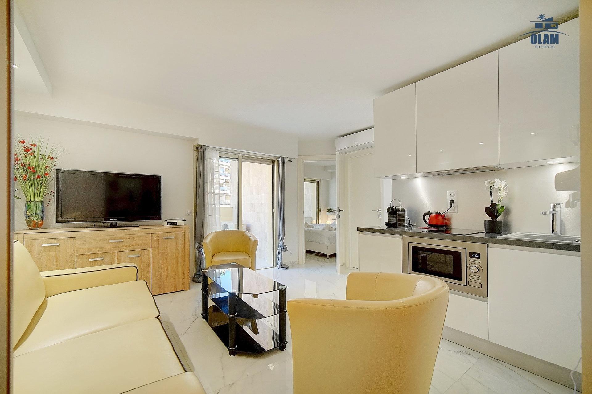 Living room, Cannes, Croisette, French Riviera, seasonal rental