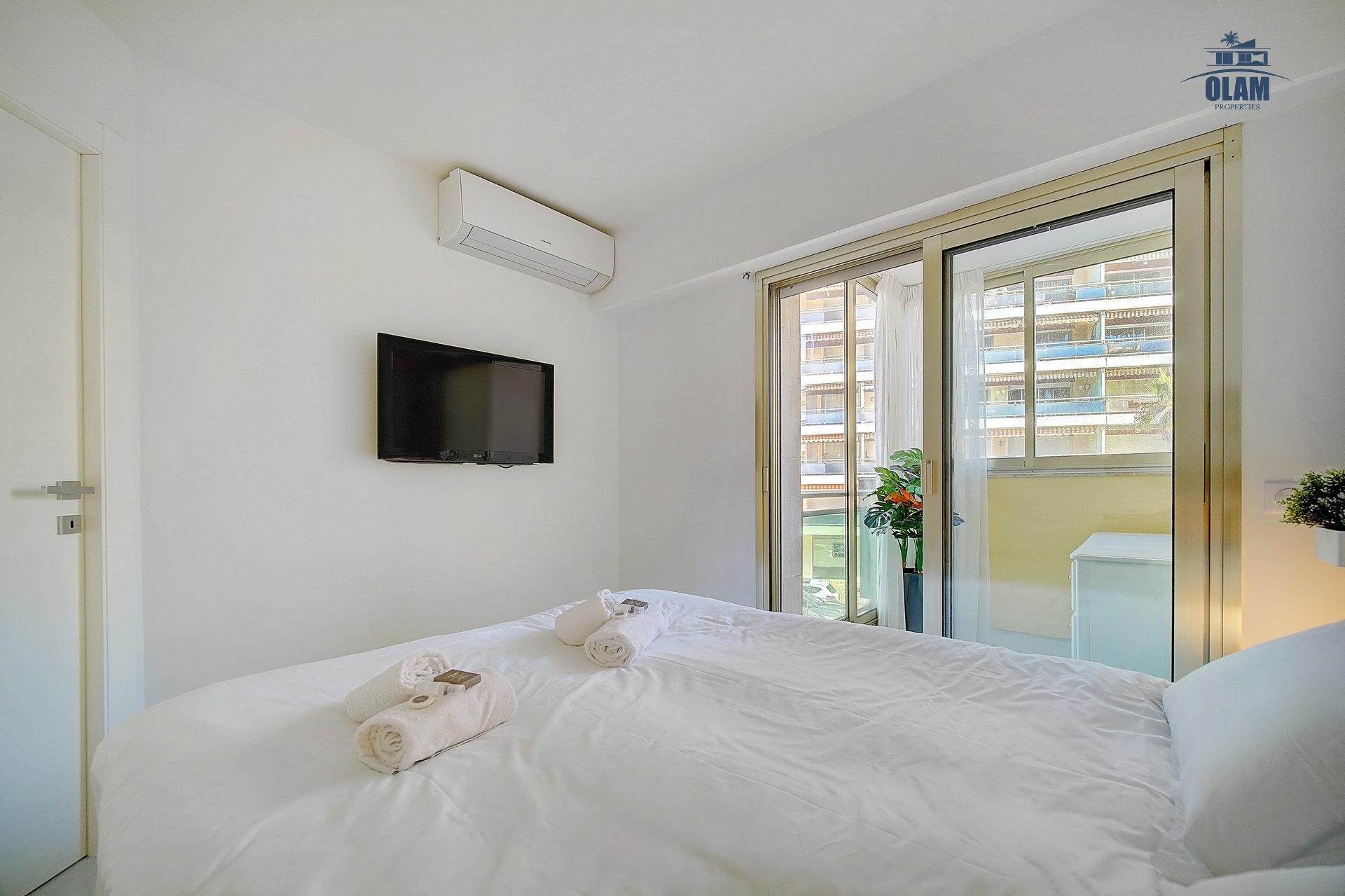 Bedroom, Cannes, Croisette, French Riviera, seasonal rental