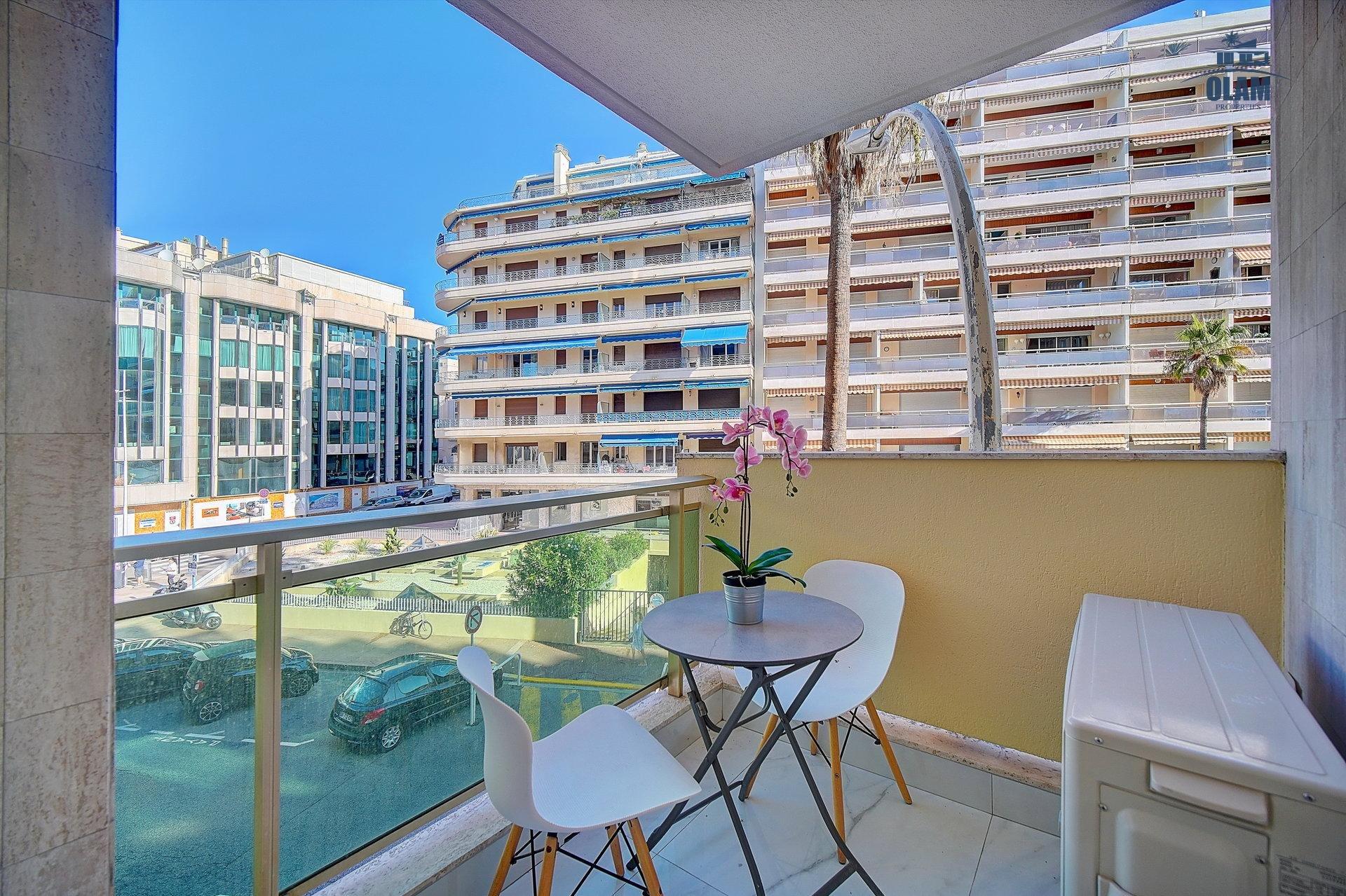 Balcony, Cannes, Croisette, French Riviera, Seasonal rental