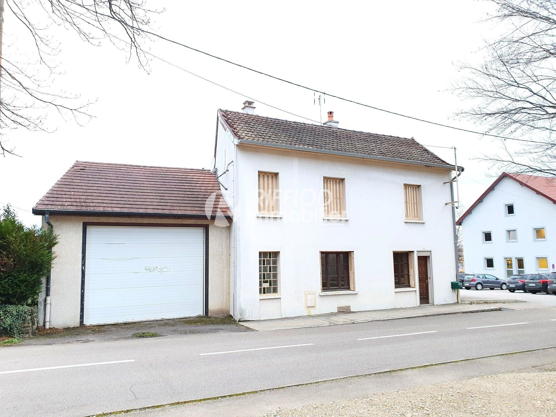 MAISON T4 avec Grand Garage - Poligny