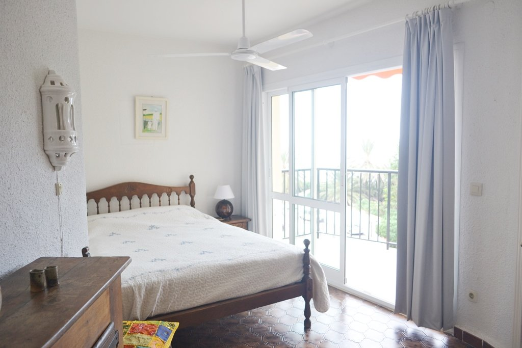 Apartment 50 m from the beach
