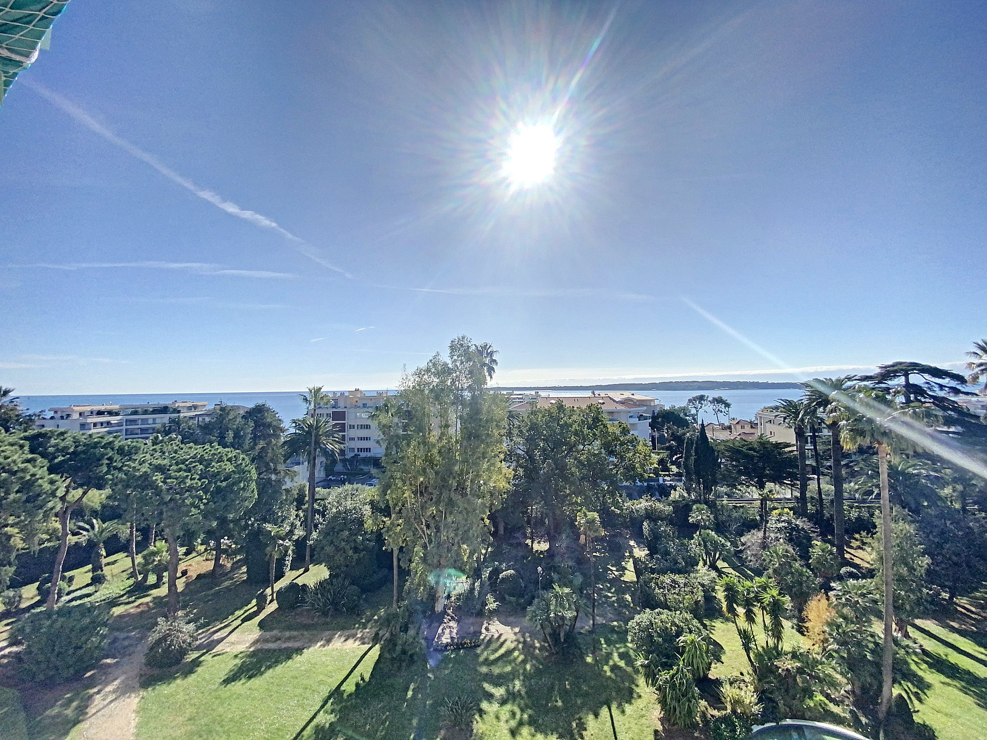 Cannes Basse Californie 3 p 86 m2 panoramic sea view