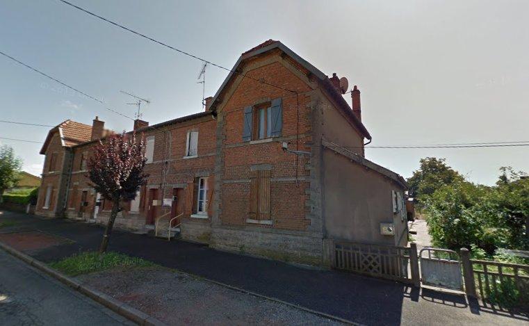 Maison de village avec garage, jardin et verger