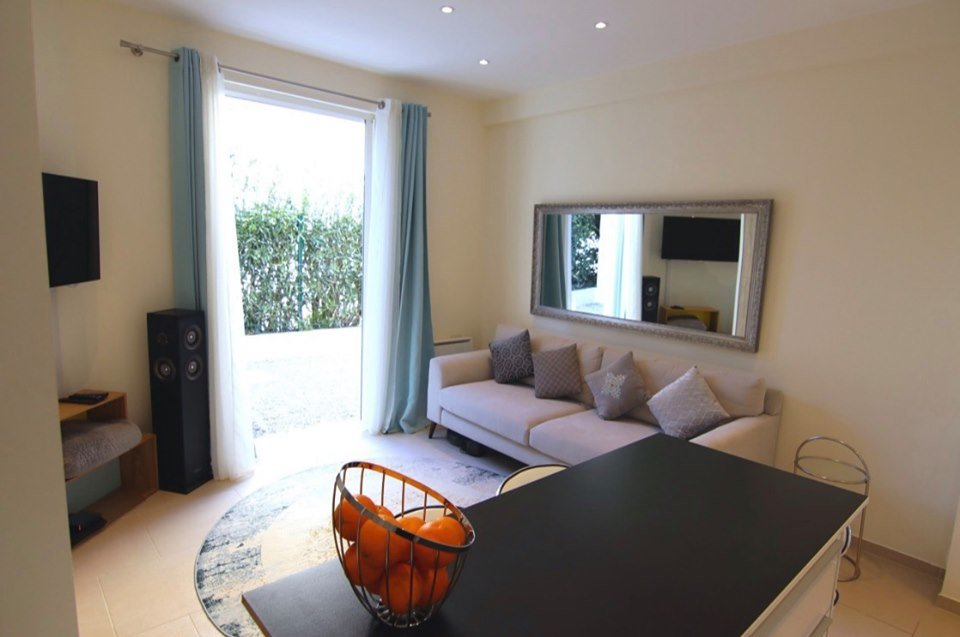 T1 Palm Beach completely renovated