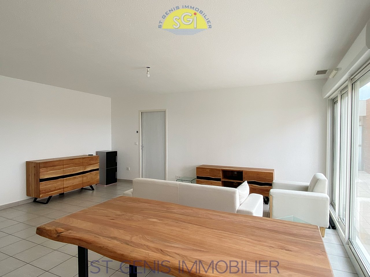 Appartement avec vue sur le Canigou