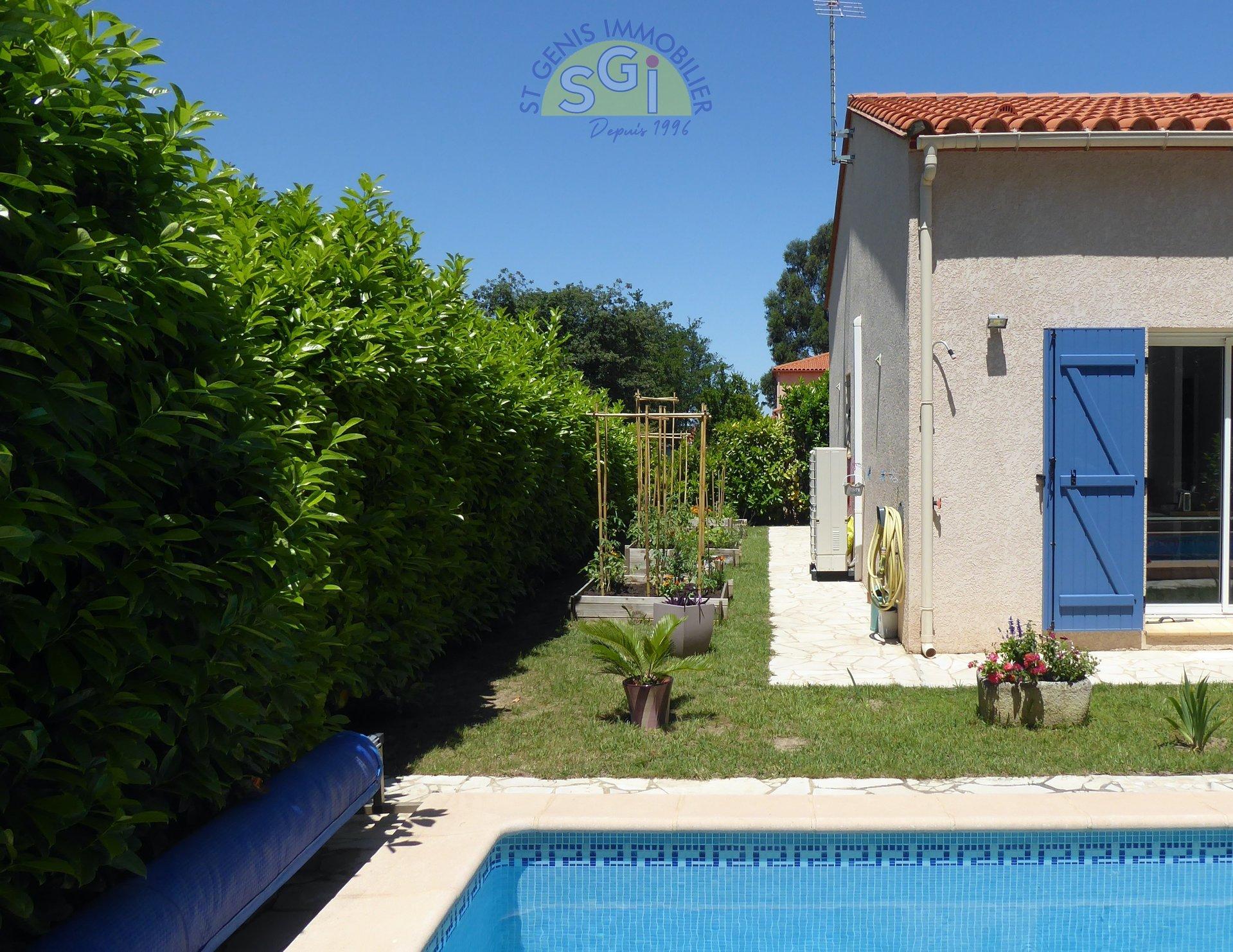 Villa 3/4 Faces de Plain Pied avec piscine