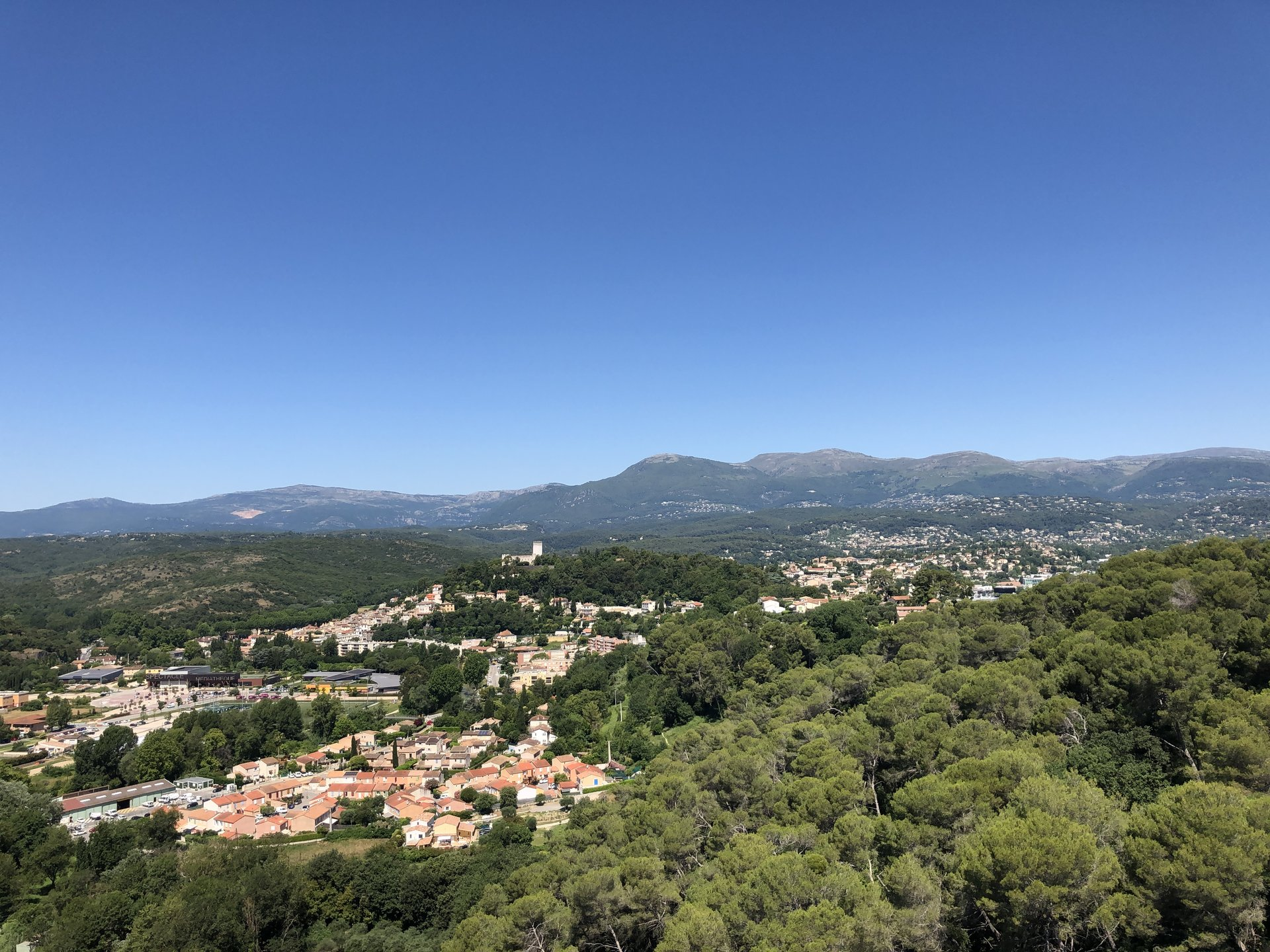 Cagnes Duplex, exceptional view in a well known domain