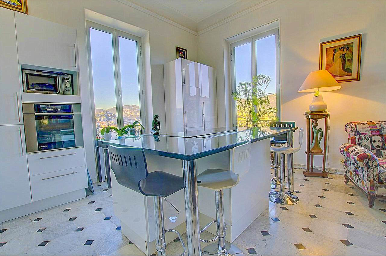 2-bedroom apartment with sea view - Nice Cimiez