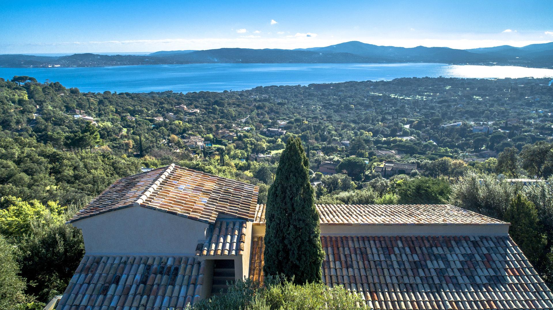 Grimaud  Superbe propriété vue mer sur 3550 m²