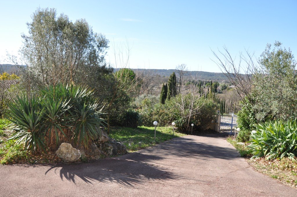 Large provencal villa with panoramic views, Tourrettes