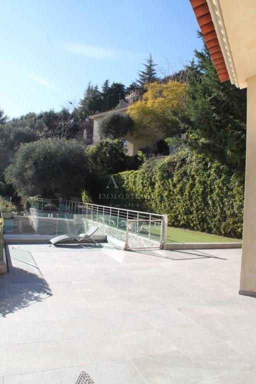 "Villa   Eze "" Dans un cadre Luxuriant"""