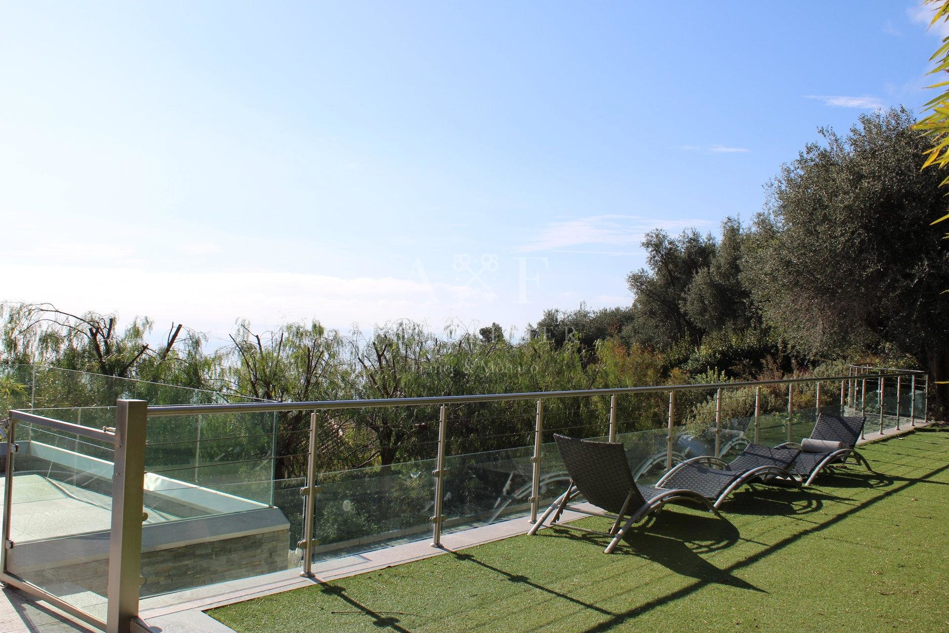 "Villa Eze ""In a Luxuriant setting"""