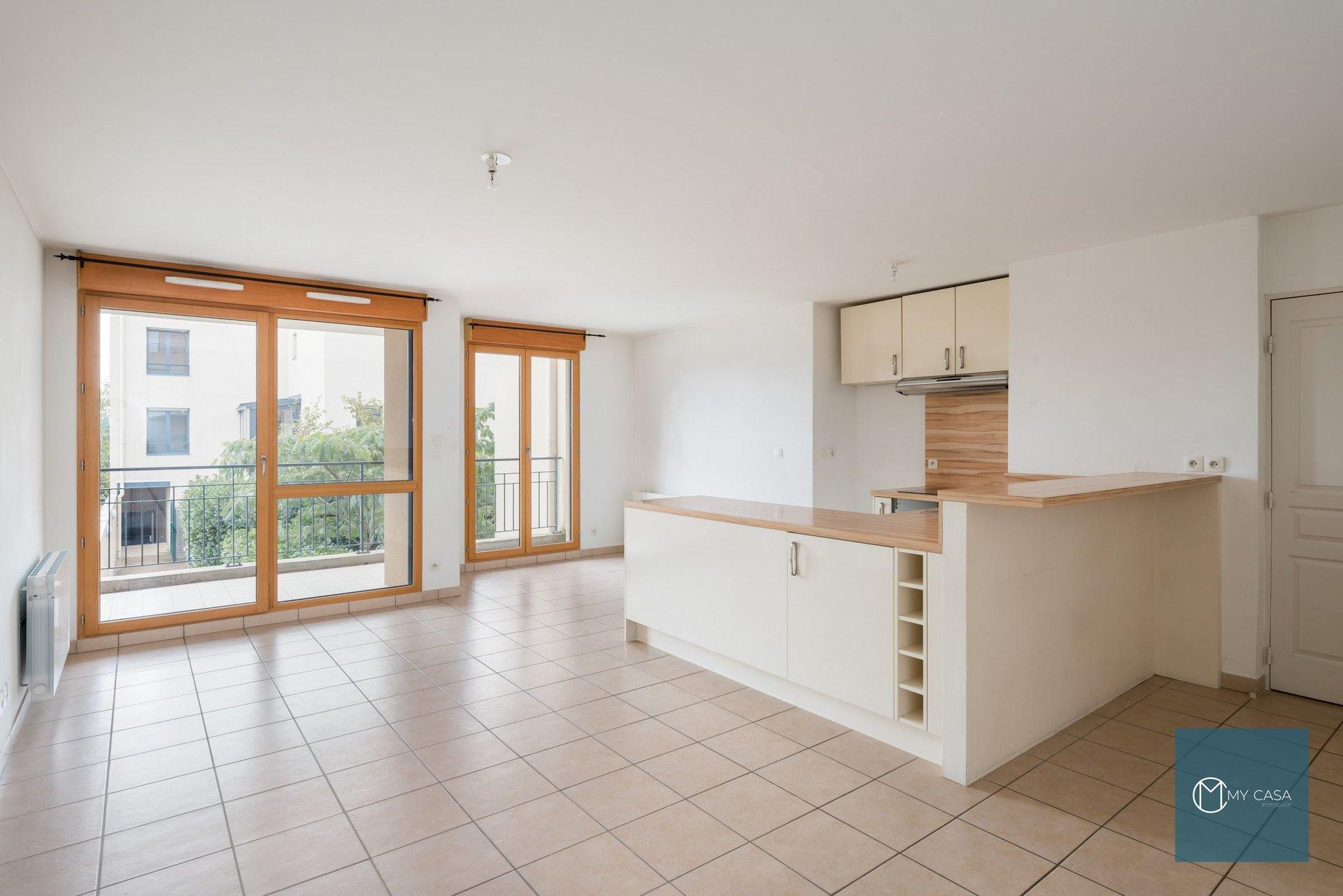 COLLONGES - Beau T4 récent de 88 m2 avec Terrasses
