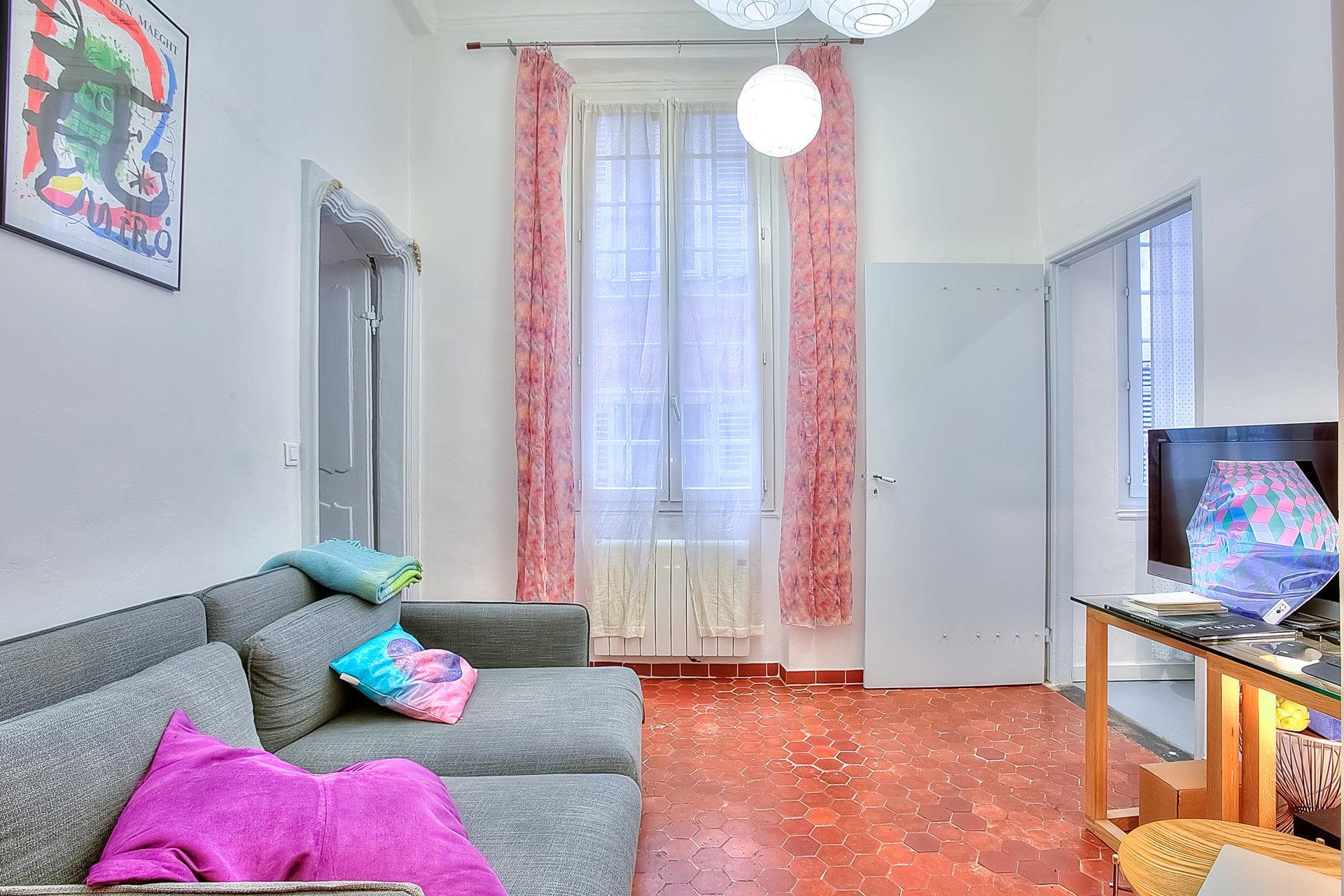 VENTE Appartement 2P Nice Vieille Ville Excellent Etat