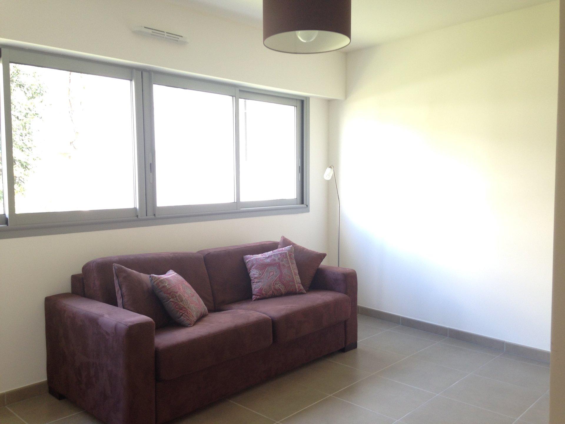 3 pieces meublé, residence recente de standing, centre-ville au calme