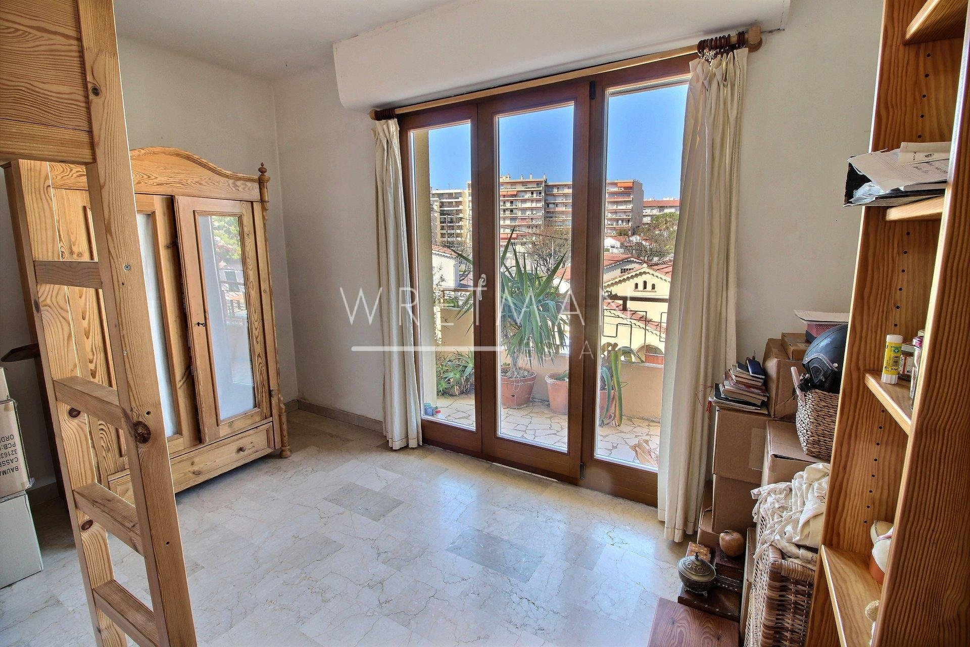 3 room apartment - Antibes Centre