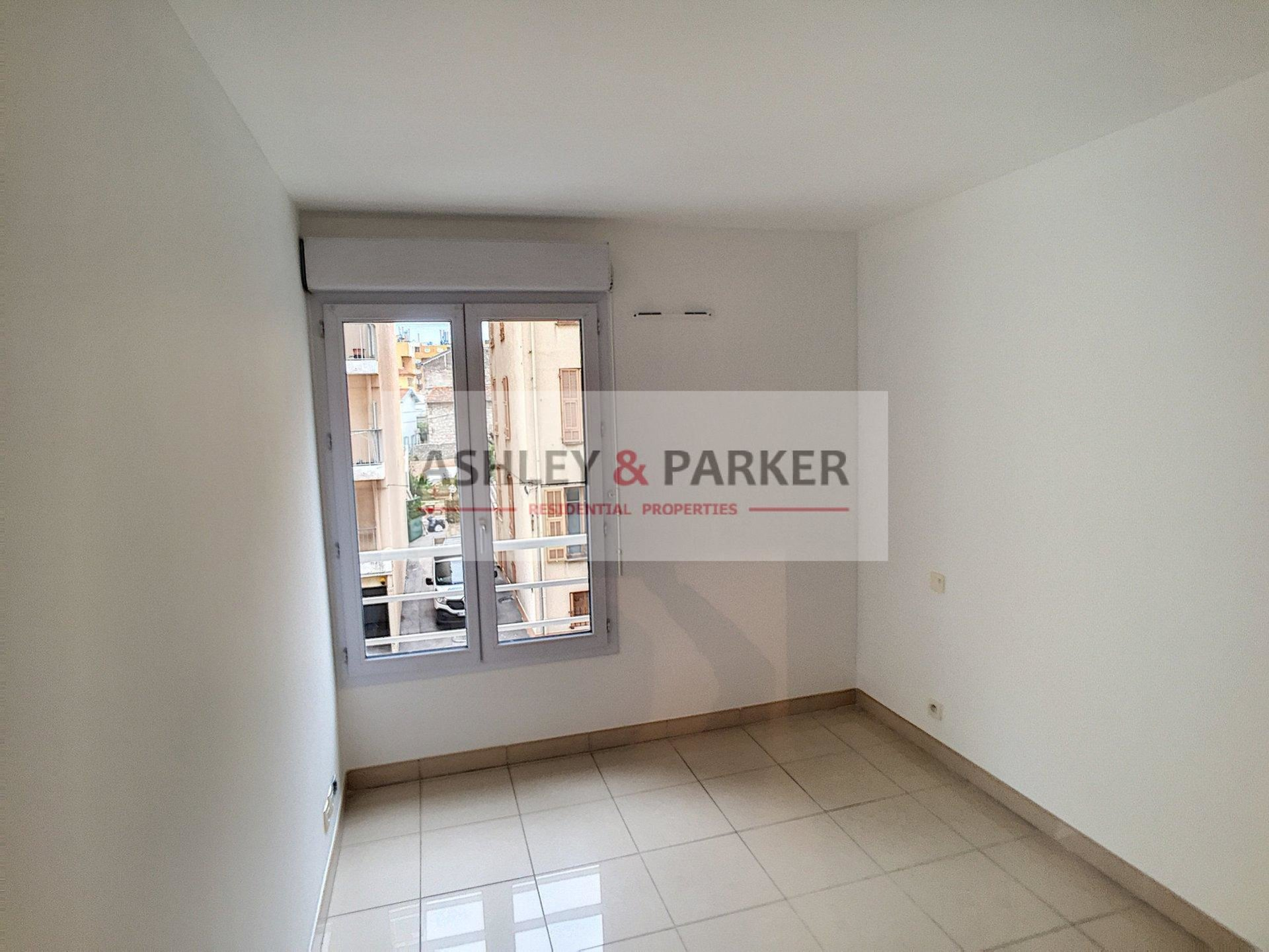 One bedroom apartment 30  m2 for sale