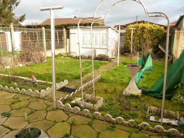 AULNOYE-AYMERIES : Charmante maison mitoyenne