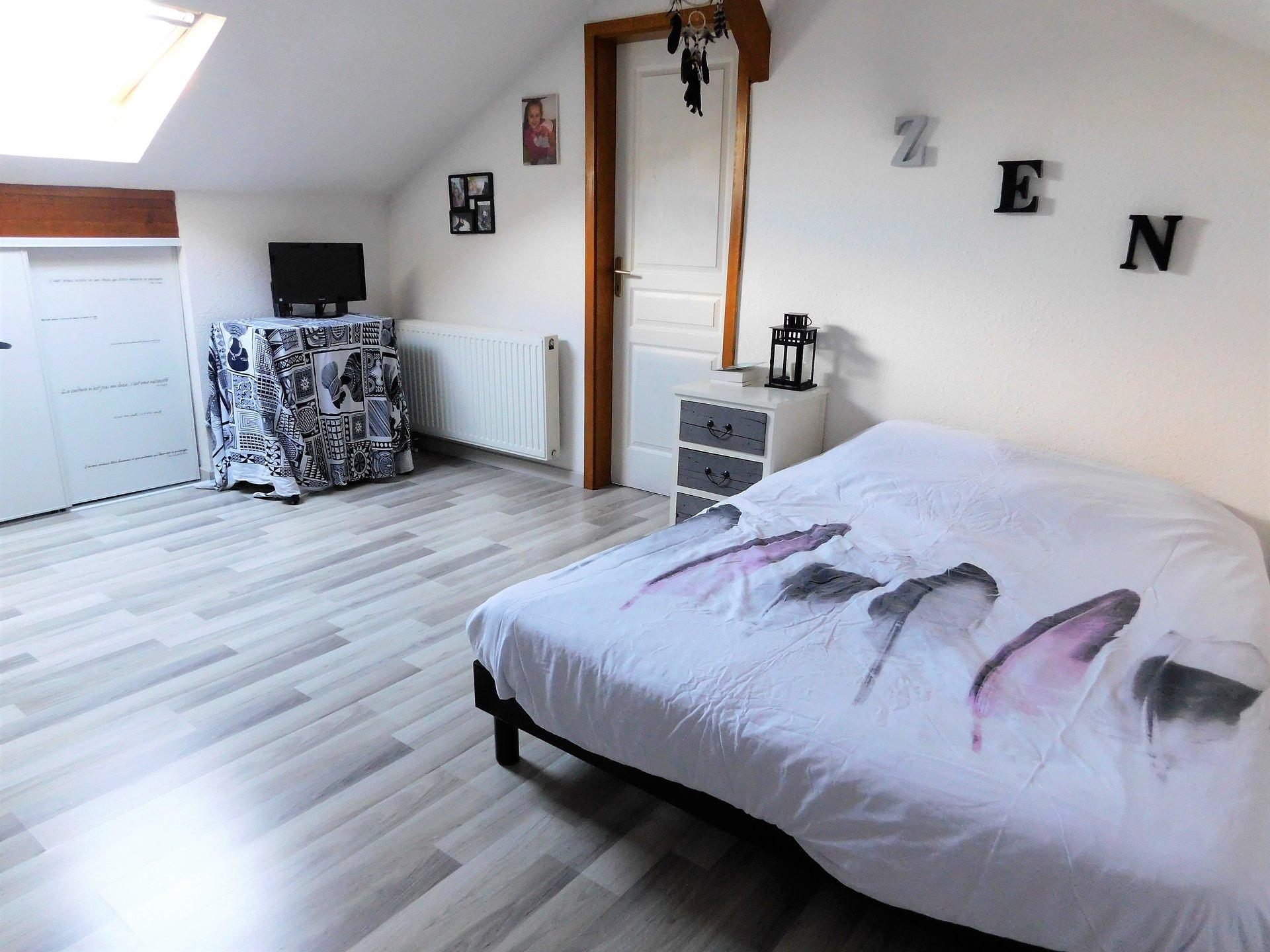 (Mulhouse, Vieux-Dornach) – Duplex 3 chambres, avec balcon.