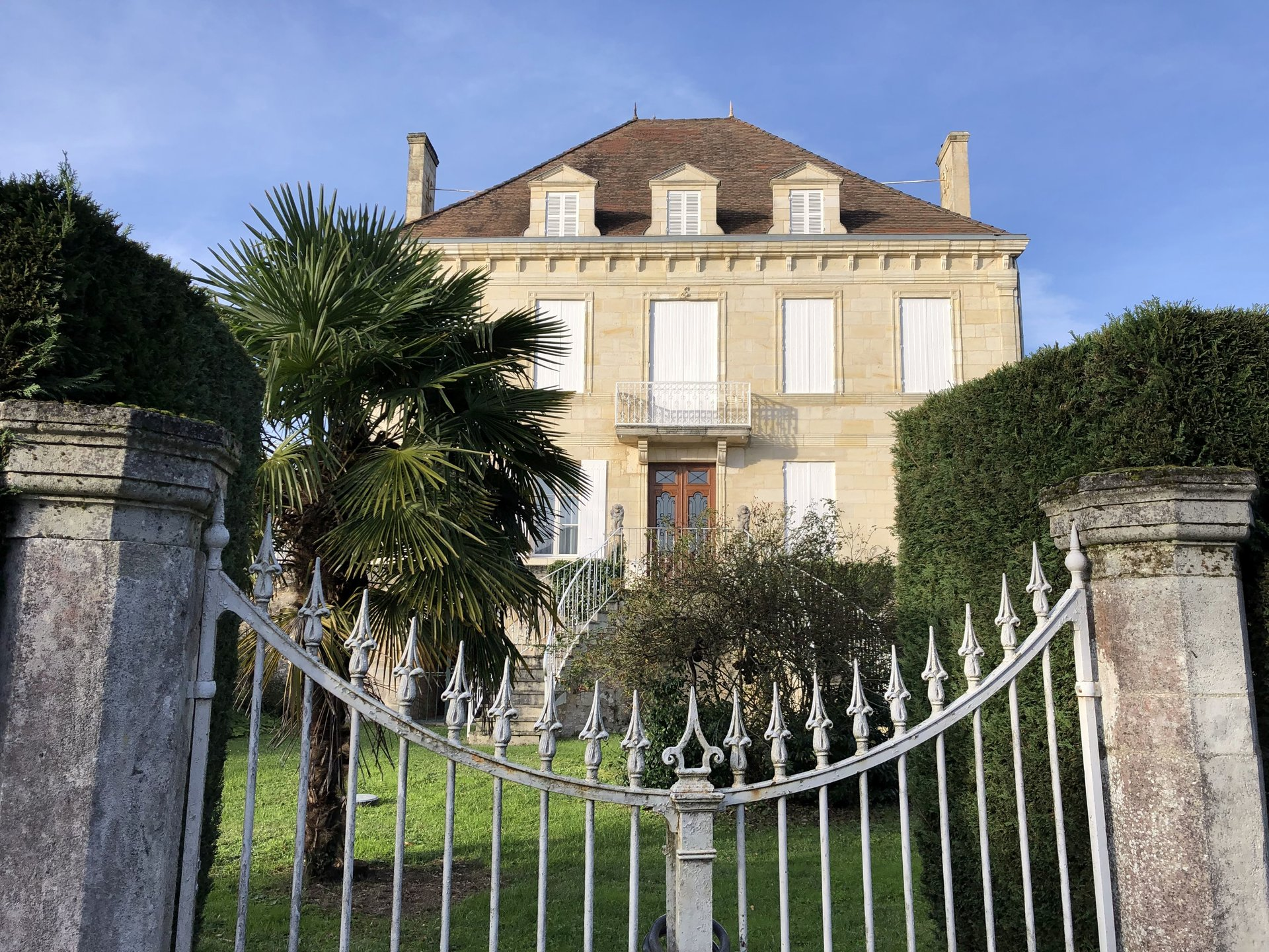 1870 Bourgeois Mansion - between Bordeaux and Angoulême
