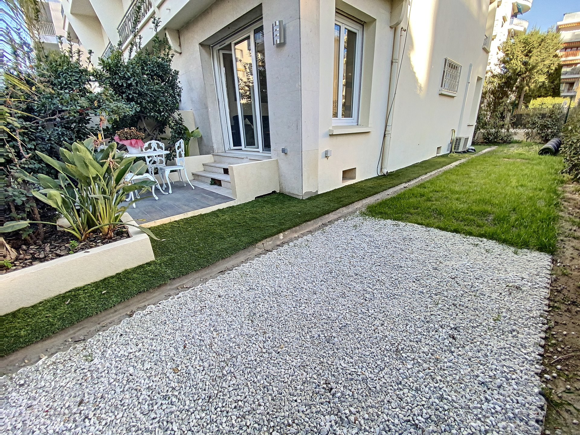 Cannes Palm Beach 2p 43 m2 renovated Garden 100 m2