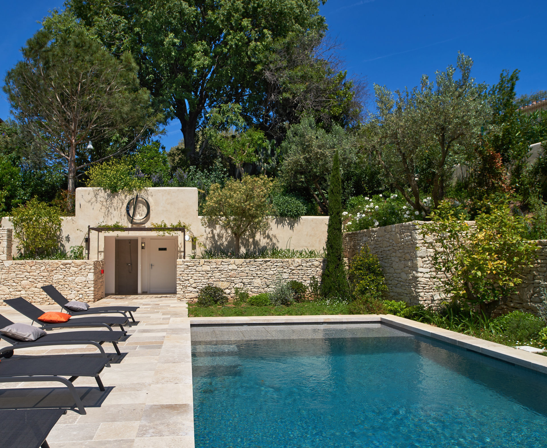 Cap d'Antibes -  « Les oliviers » -  Quality, élégance and exclusivity