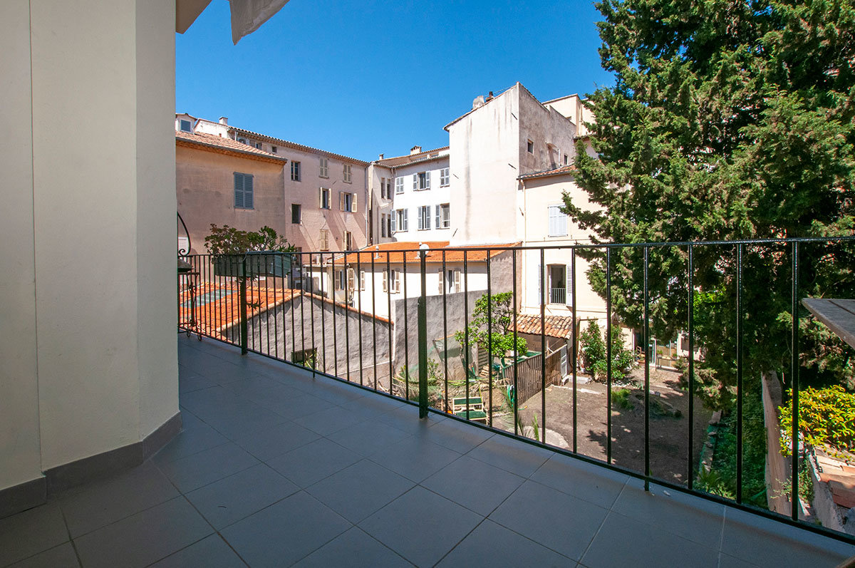 For Sale Antibes - One bedroom apartment in the old town