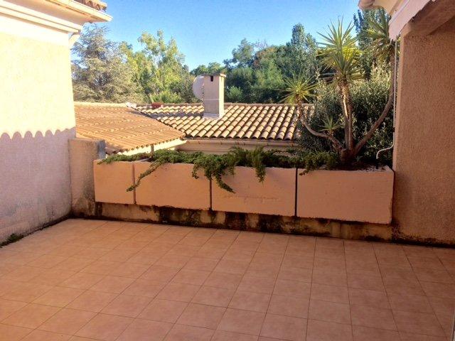 Villa-patio 2p climatisé  54m2 vide 1 250€ CC