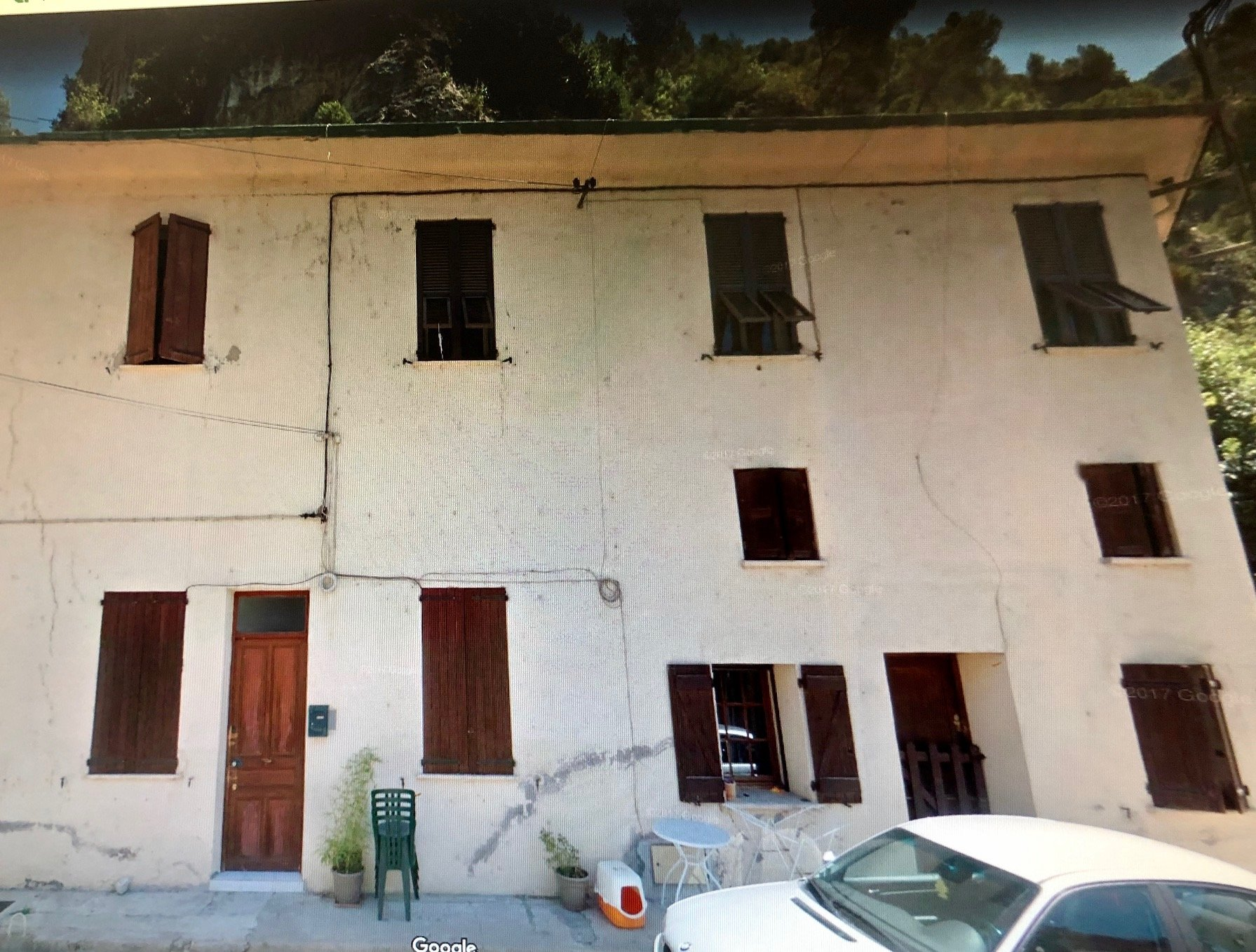 3 Pièces Vide - 1 Avenue des Platanes - Baus Roux