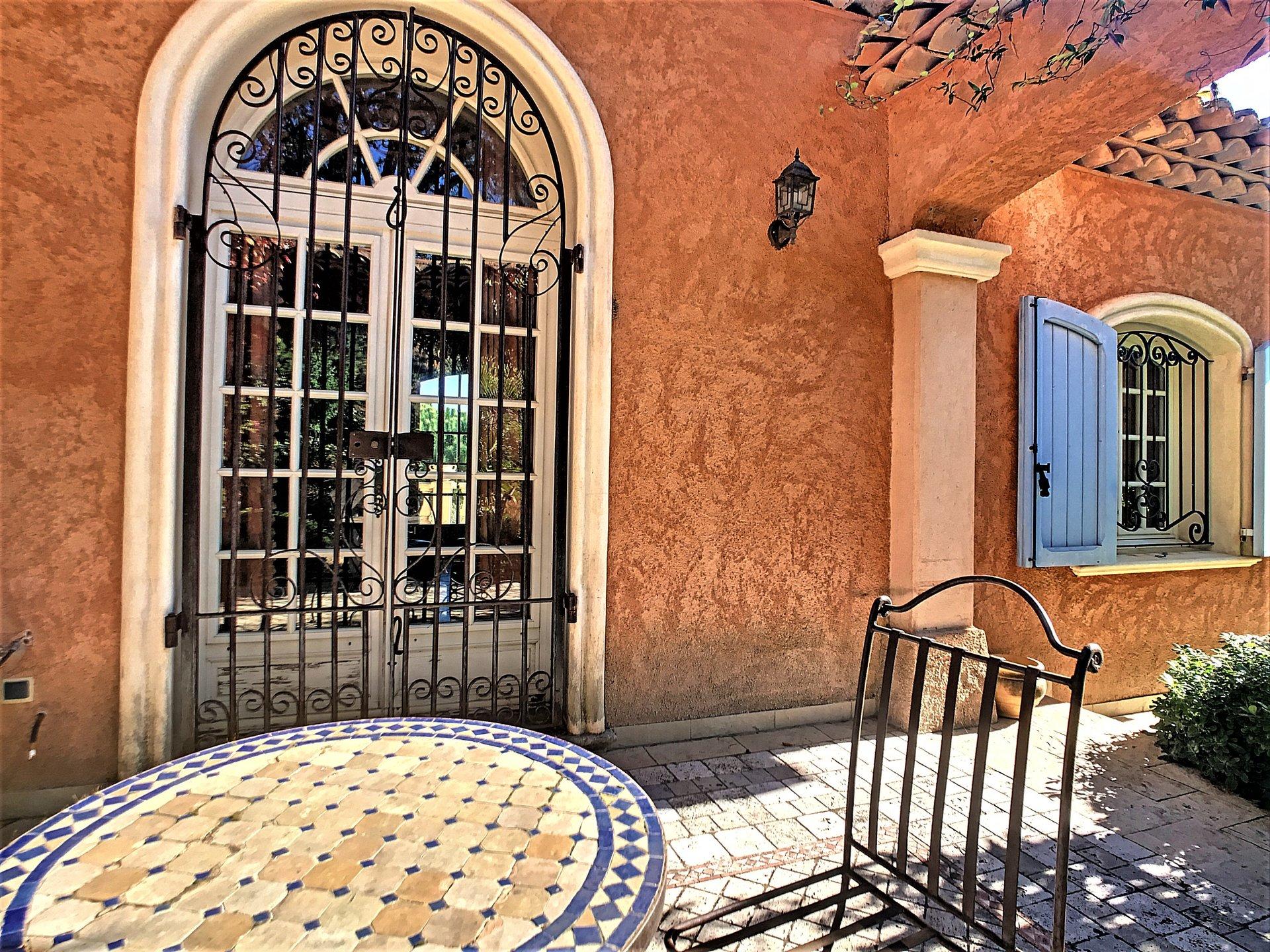 A vendre belle villa Provençale à Sainte Maxime
