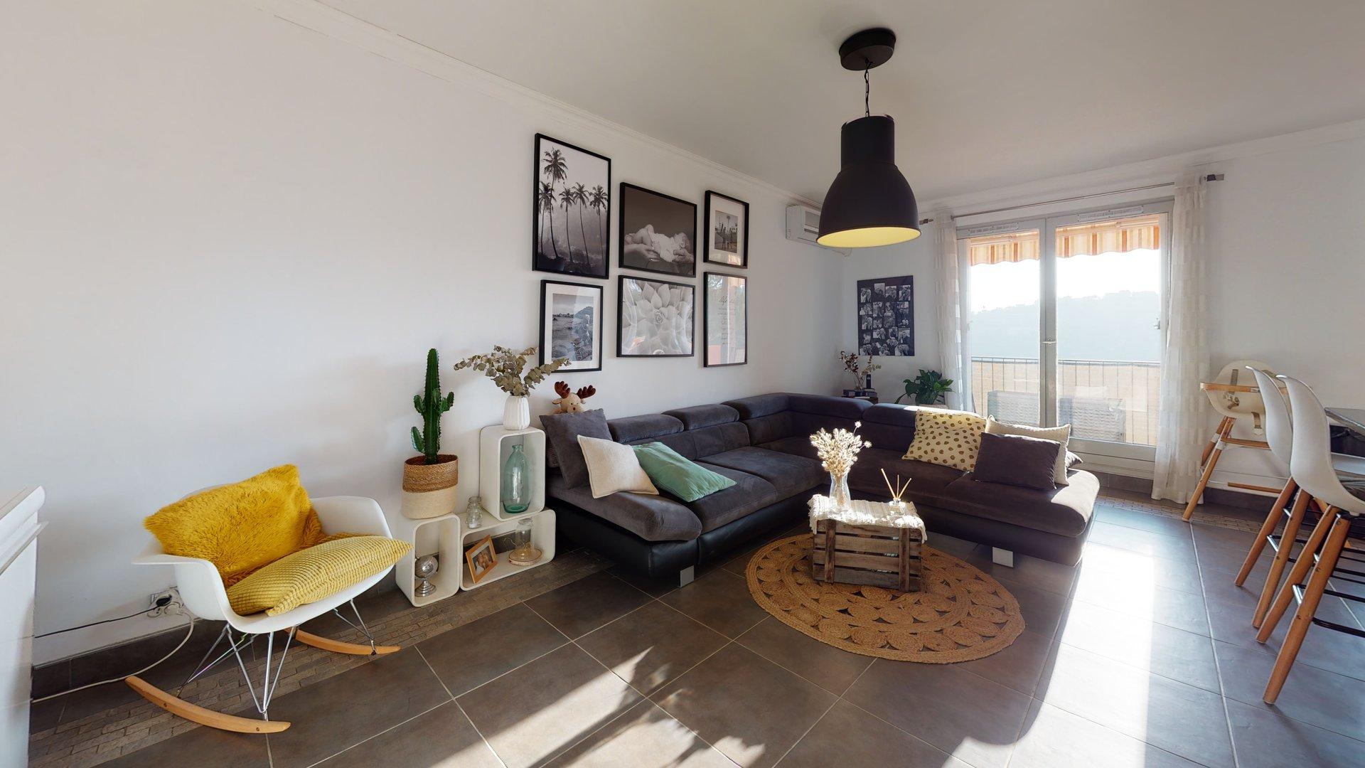 A vendre, 3 pièces 63m², Nice Corniche de Magnan