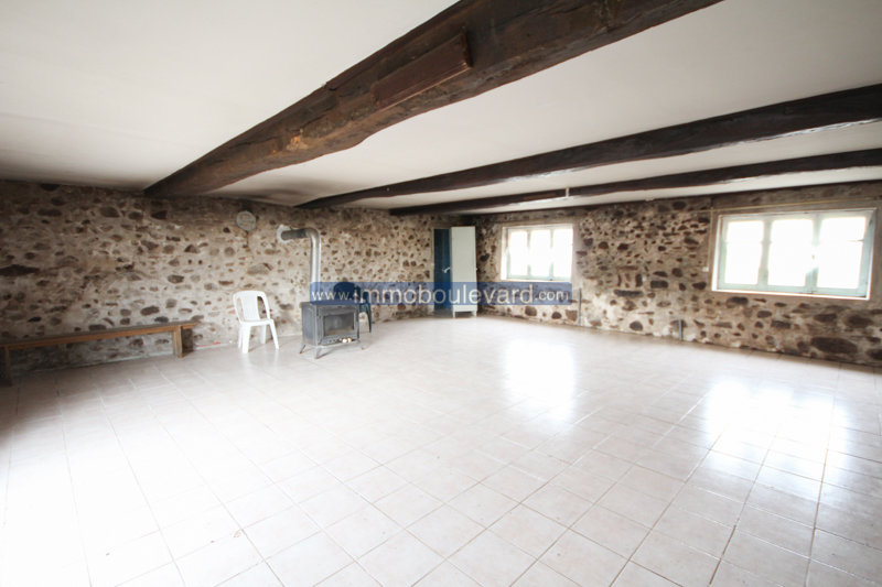 House with outbuilding for sale in the Morvan, Burgundy