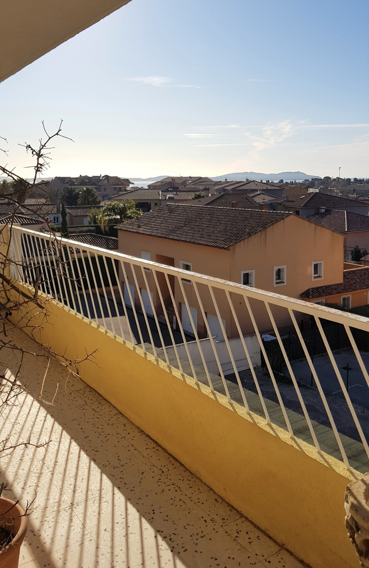 Sale Apartment - Carqueiranne