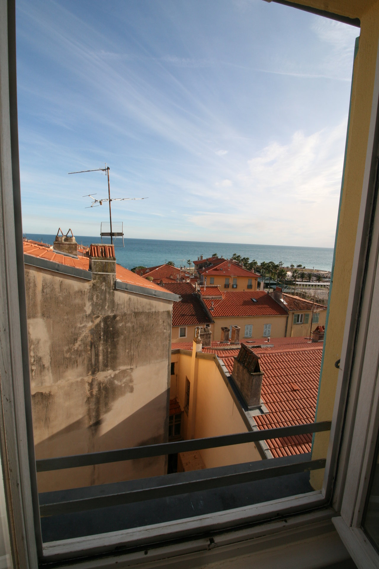 MENTON OLD TOWN - charming two bedroom apartment with panoramic view