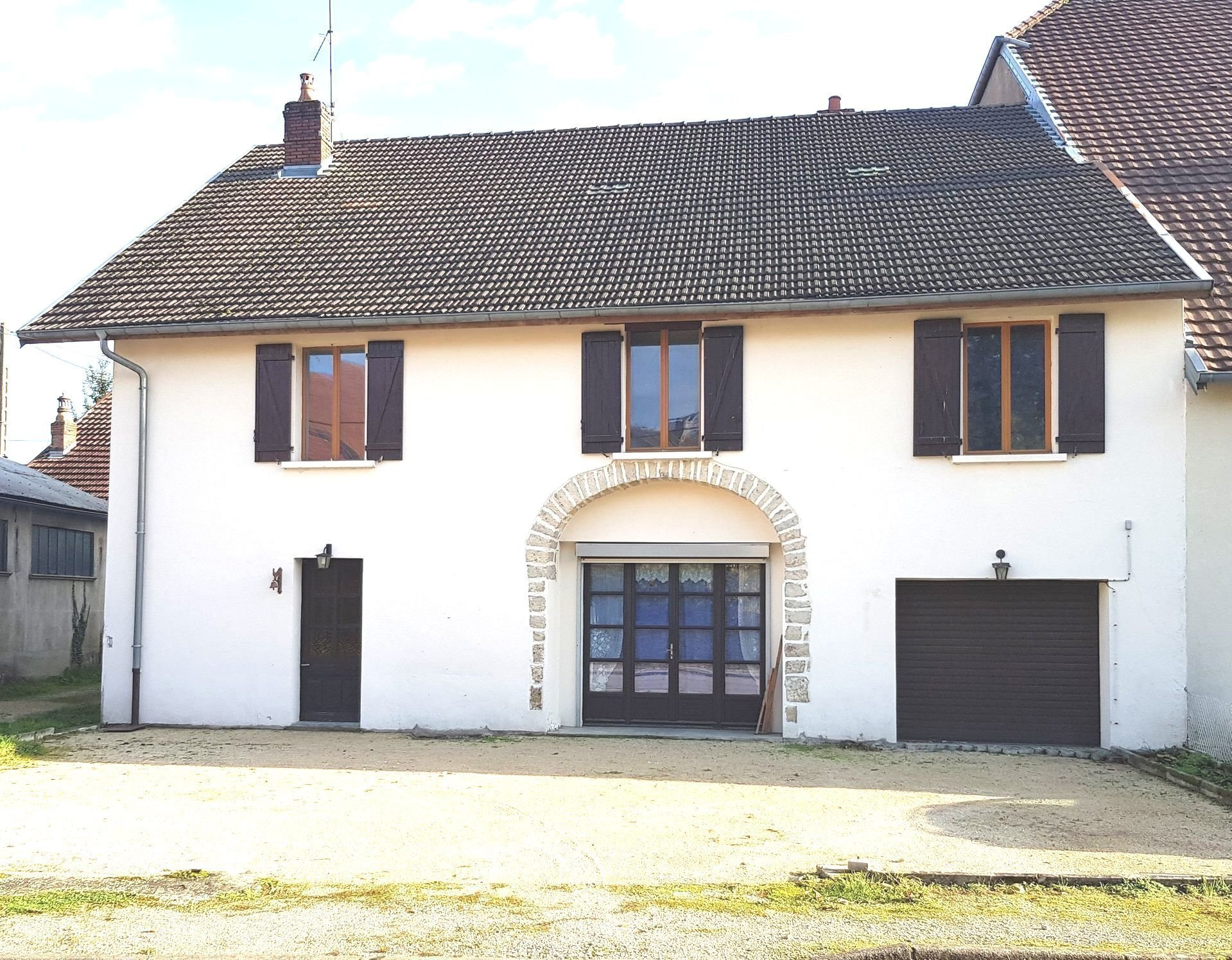HAUTE-SAÔNE (70), Marnay, Maison T6 A RENOVER