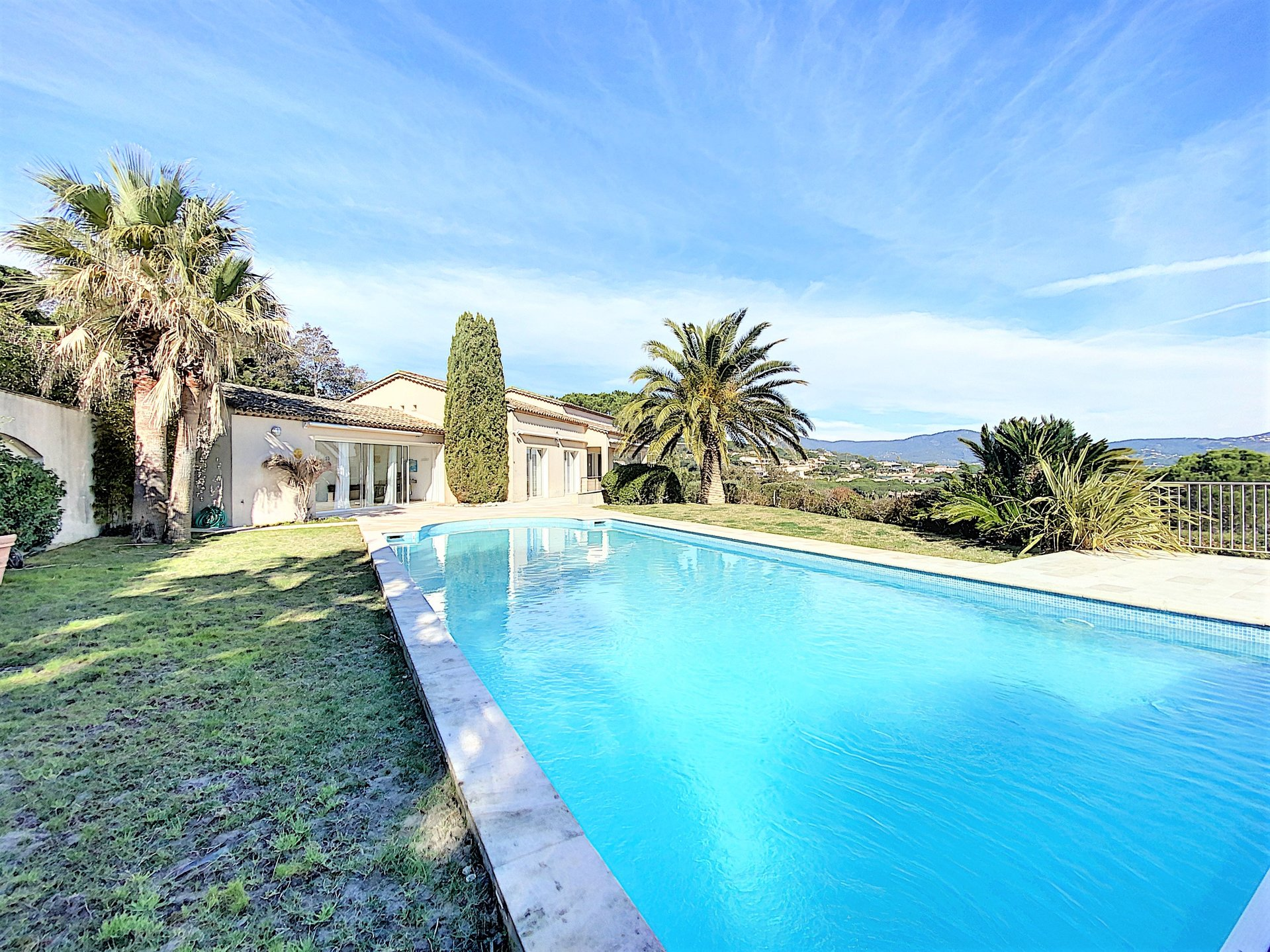 Exceptional villa with panoramic sea view for sale in Sainte Maxime
