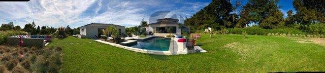 Magnificent contemporary villa near the Alpilles